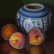 161022-peaches-with-oriental-ceramic-jar