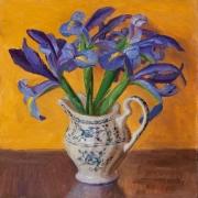 191231-iris-in-a-ceramic-vase
