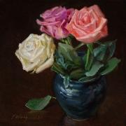 200614-roses-in-a-blule-ceramic-vase-8x8