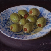 210506-olives-on-a-bluewhite-plate-7x5